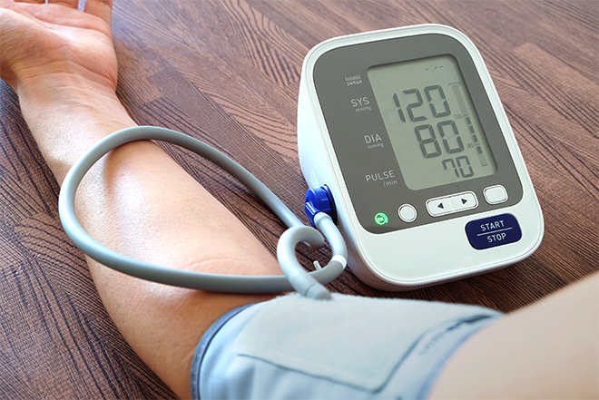 How To Choose And Use A Home Use Blood Pressure Monitor ...